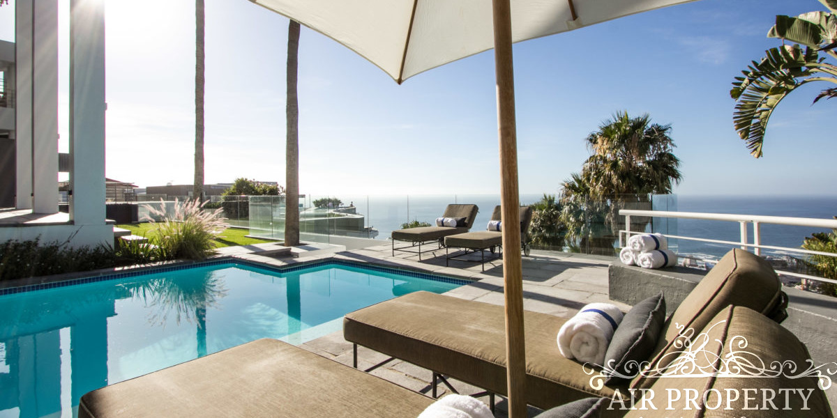 Holiday Rentals in Cape Town / Rainbow's End