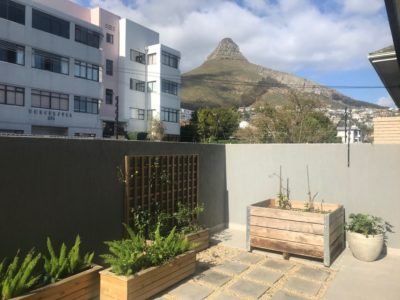 Sea Point Apartment : 2 bedroom apartment Sea Point rooftop pool