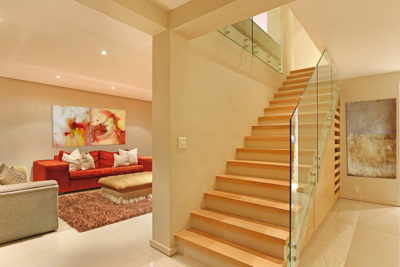 Sea Point Villa : stairs