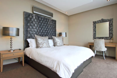 Camps Bay Villa : Bedroom 1 pic 2