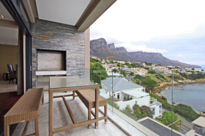Camps Bay Villa : Outside braai