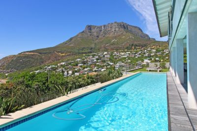 Llandudno Villa : Pool with view