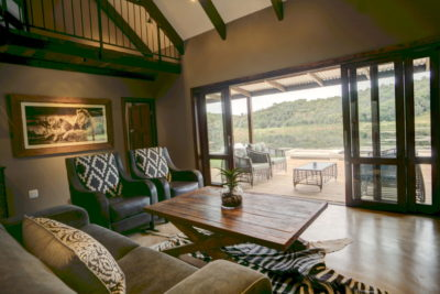 Garden Route Villa : View-from-lounge-over-waterhole