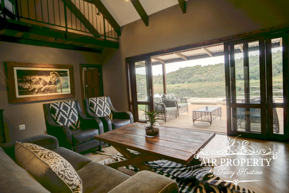 Holiday Rentals in		 						 		 	Botlierskop