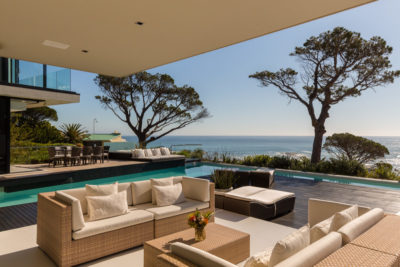 Camps Bay Villa : 5 New Outdoor Pool Colour Patio1
