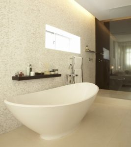 Fresnaye Apartment : Bath
