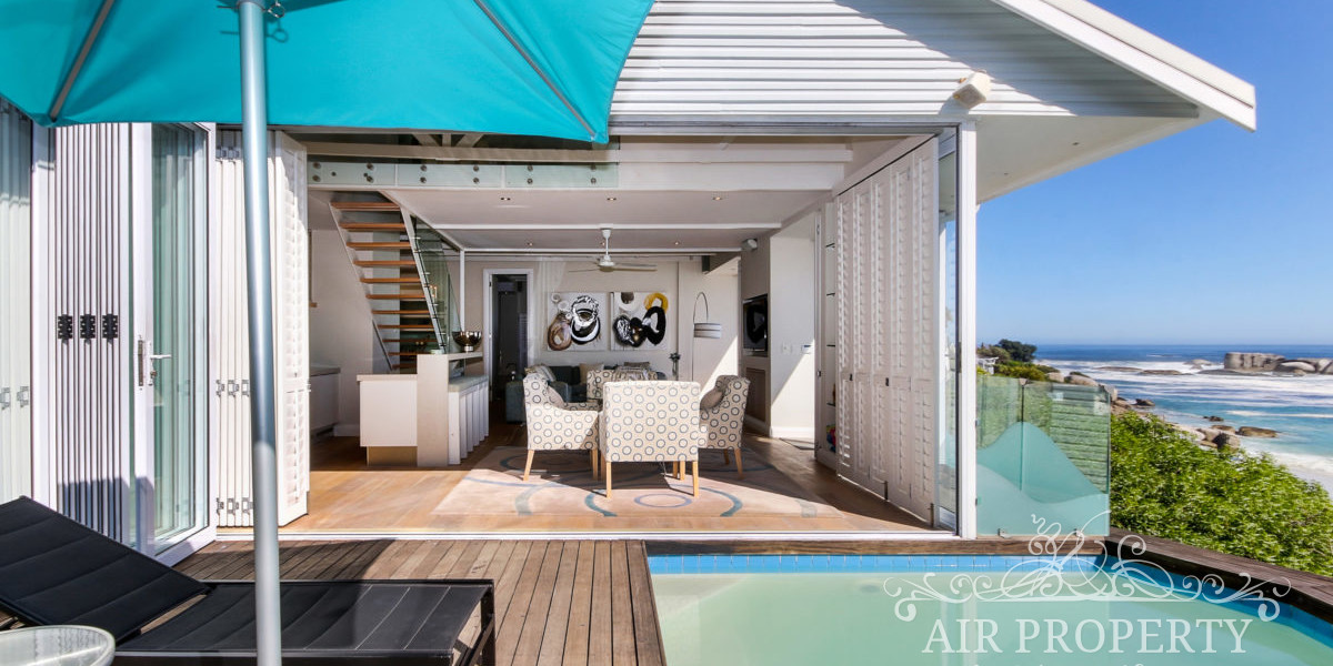 Holiday Rentals in Cape Town / Clifton Gem