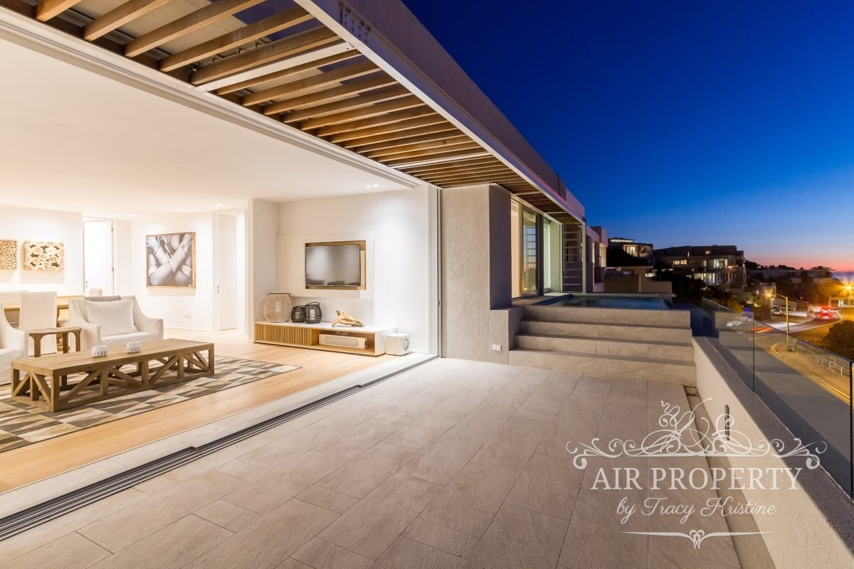 4 Bedroom Apartment in Camps Bay