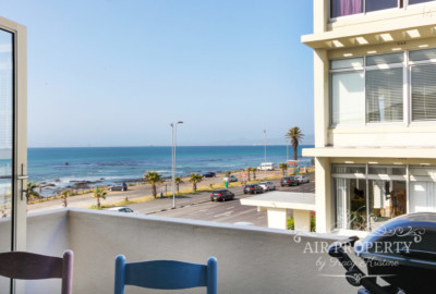 Mouille Point  | 2 Bedrooms