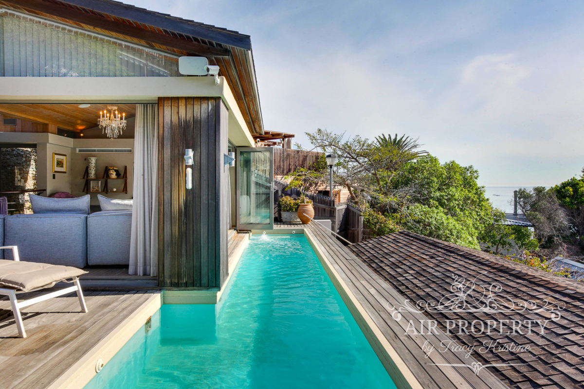 Cape Town Holiday Rentals with		 		 	Cinema