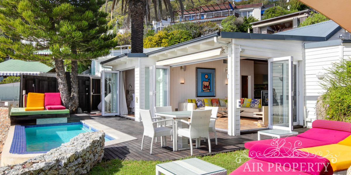 Holiday Rentals in Cape Town / Berry Smoothie