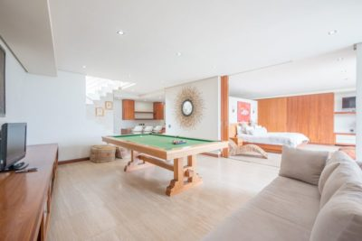 Camps Bay Villa : GBV 1 ENTERTAINMENT AREA – onto pool