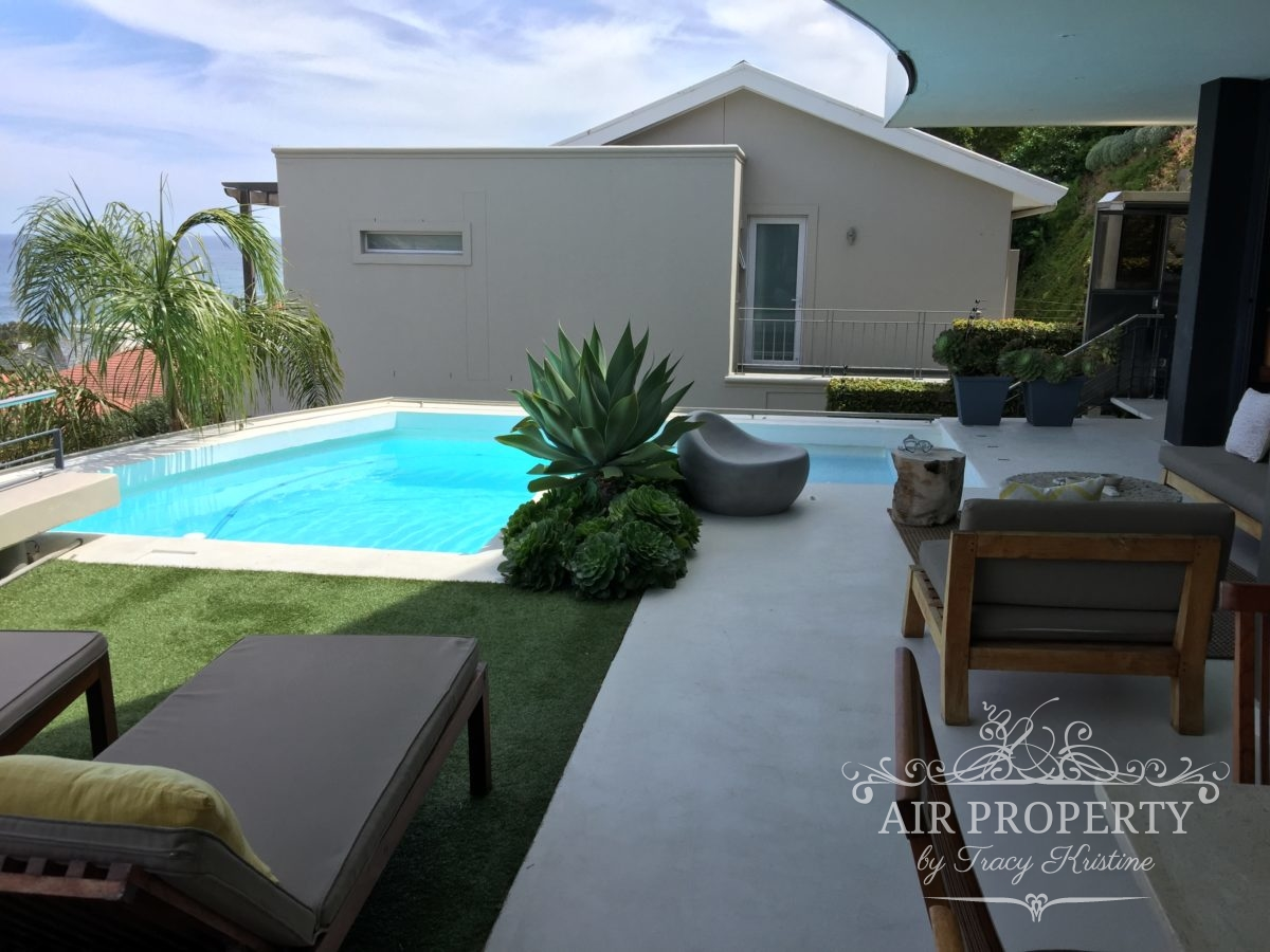 Cape Town Holiday Rentals with		 		 	Wireless Internet