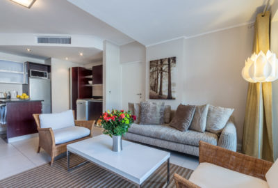 Green Point Apartment : Open Plan Lounge 2