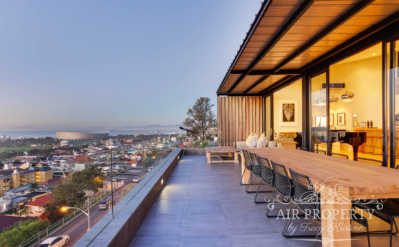Green Point Villa | 4 Bedrooms
