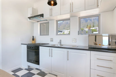 Camps Bay Apartment : 15[1]