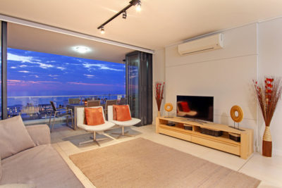 Bantry Bay Apartment : 18