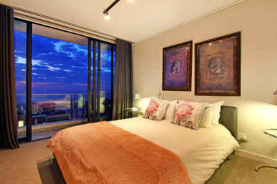 Bantry Bay Apartment : 19