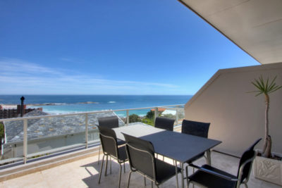 Camps Bay Apartment : Outdoor Dining