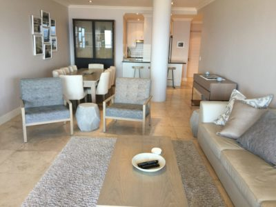 Mouille Point Apartment : Lounge 1