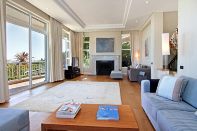 Camps Bay Villa : Lounge Pic 2
