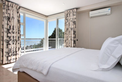 Camps Bay Villa : Third Bedroom Pic 4
