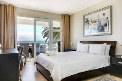 Camps Bay Apartment : Viewfinder Photography1