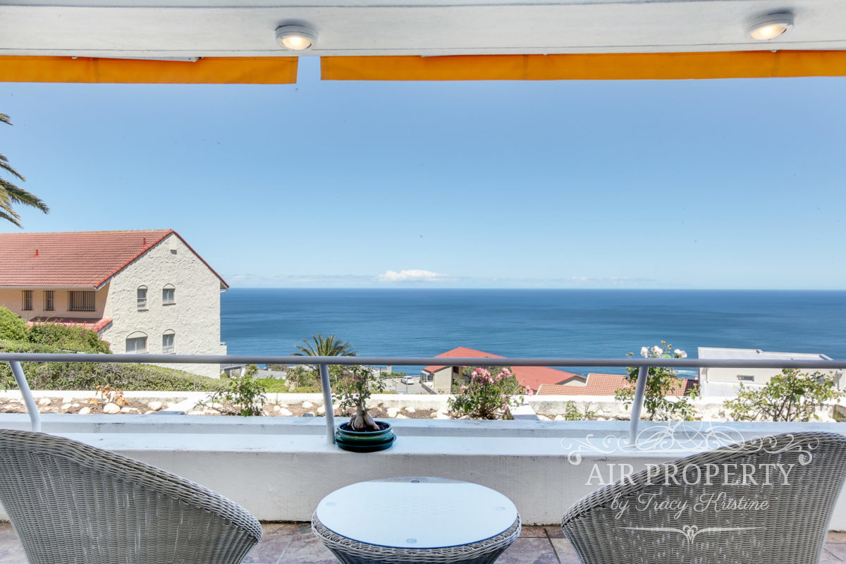 Cape Town Holiday Rentals with		 		 	Garden