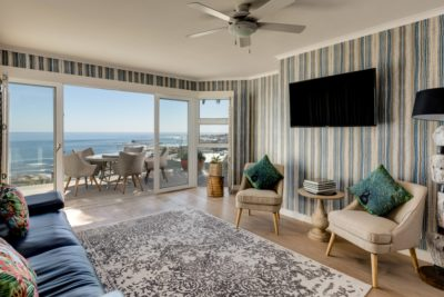 Camps Bay Apartment : hamishNIVEN-Photography_n0a2129-_n0a2133-Edit_SR