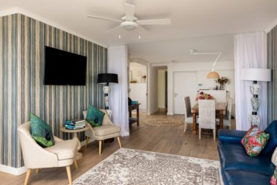 Camps Bay Apartment : hamishNIVEN-Photography_n0a2199-_n0a2201-Edit_SR
