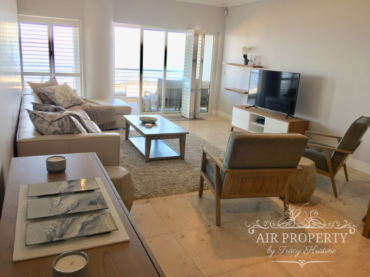 Holiday Rentals in   Moullie Point