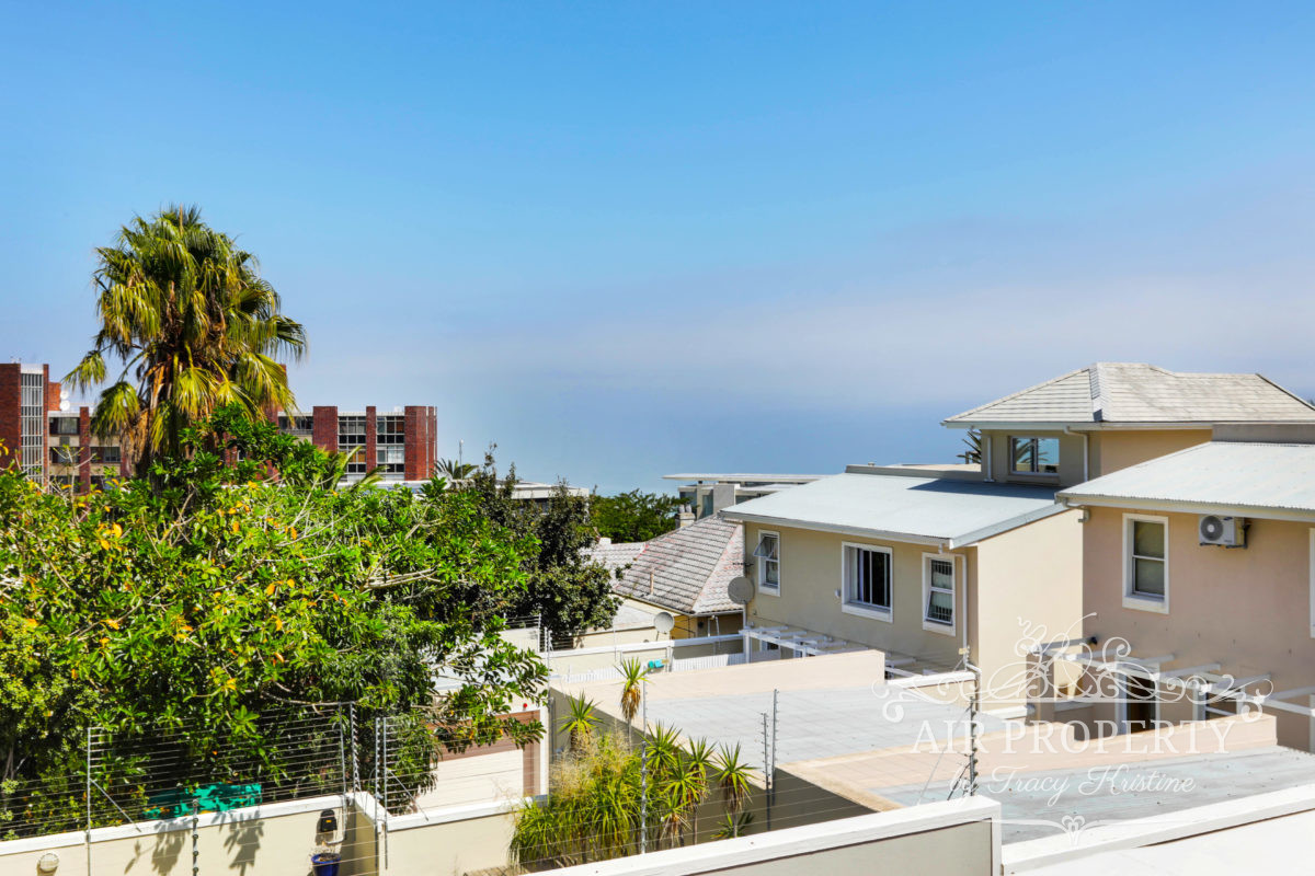 3 Bedroom Apartment in Camps Bay