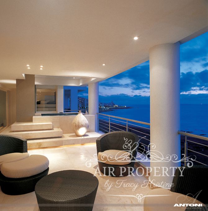 5 Bedroom Apartment in Mouille Point