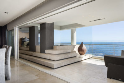 Mouille Point Apartment : 5 bedroom penthouse Mouille Point luxury villa view