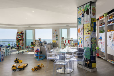Mouille Point Apartment : 5 bedroom penthouse Mouille Point luxury villa playroom toyshop