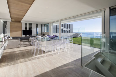 Mouille Point Apartment : 5 bedroom penthouse Mouille Point luxury villa pool deck