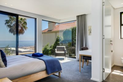 Camps Bay Apartment : ViewfinderPhotography1
