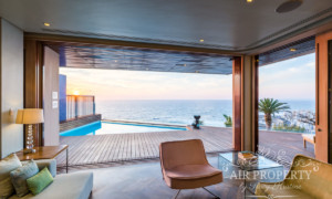 Villa in Bantry Bay