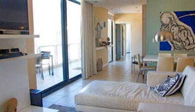 Cape Town CBD Apartment : Air_Property_City_accommodation_lounge