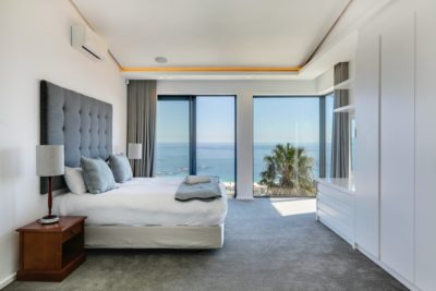 Camps Bay Apartment : Air_Property_Valiant_bedroom 1