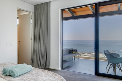 Camps Bay Apartment : Air_Property_Valiant_bedroom3