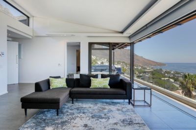Camps Bay Apartment : Air_Property_Valiant_lounge3
