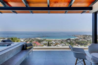 Camps Bay Apartment : Air_Property_Valiant_patio1