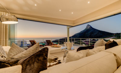 Camps Bay Villa : Air_property_luxury_villa_camps_bay_silver_lining_lounge_view5