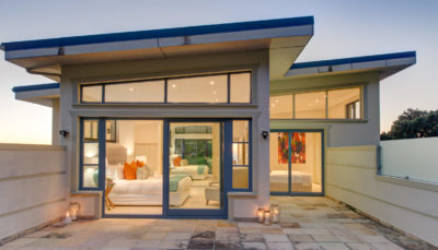 Camps Bay Villa : Air_property_luxury_villa_camps_bay_silver_lining_outside_view