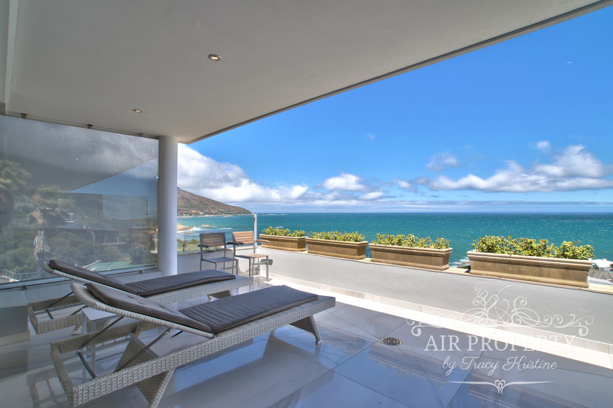 Cape Town Holiday Rentals with		 		 	Communal Pool