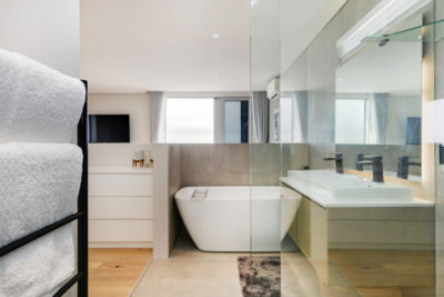 Sea Point Apartment : ViewfinderPhotography4
