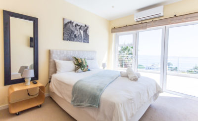 Camps Bay Villa : 4 bedroom Camps Bay Villa with pool and Jacuzzi (10)
