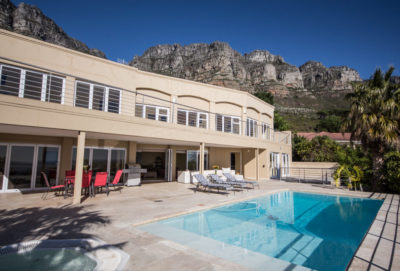 Camps Bay Villa : 4 bedroom Camps Bay Villa with pool and Jacuzzi (19)