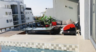 Sea Point Apartment : 3 Bedroom secure apartment Upper Seapoint with pool (10)
